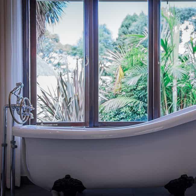 York Lodge Rooms 13-18 Bathroom