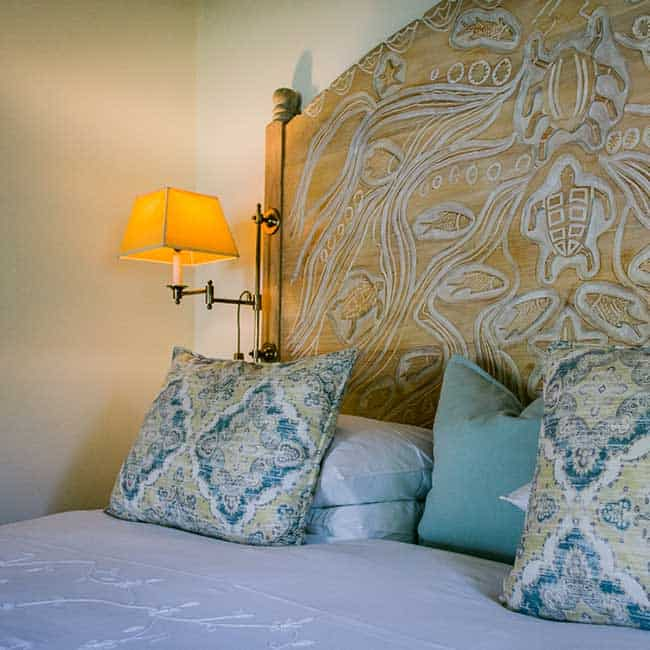York Lodge Rooms Headboard