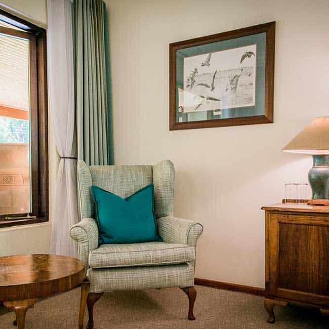 York Lodge Rooms Room Chair