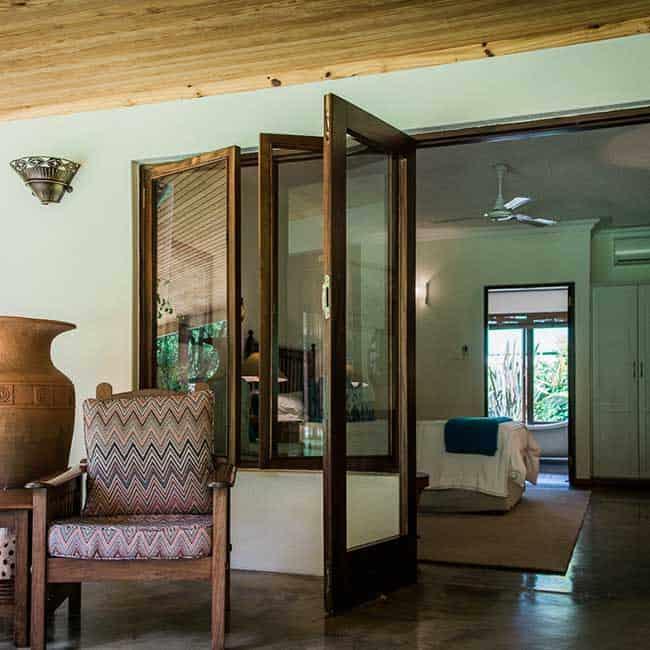York Lodge Rooms Verandah